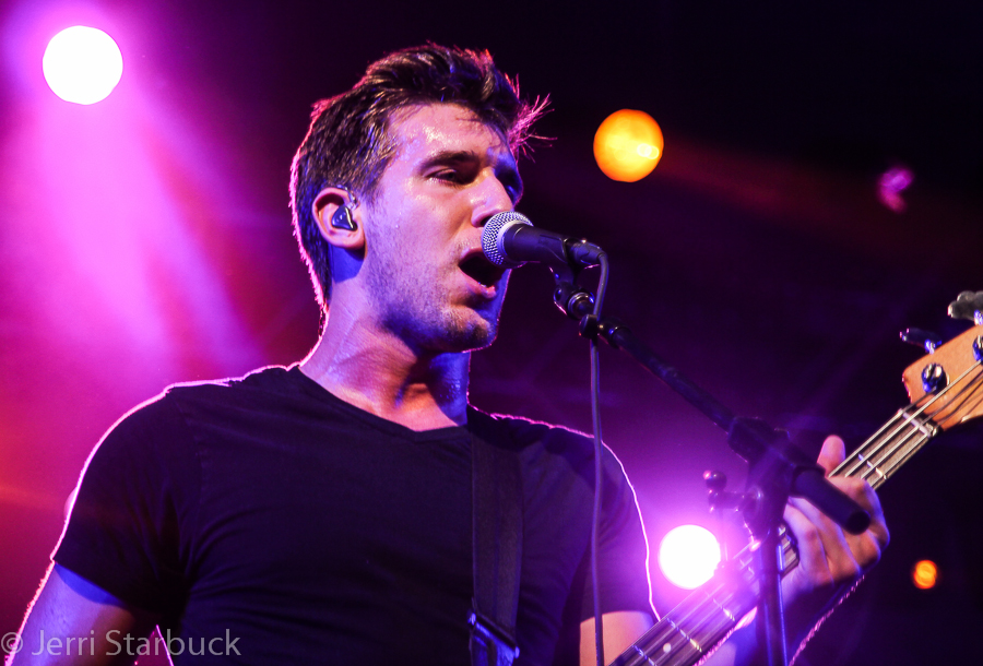 Max Frost Performs w/ Fitz and the Tantrums at Stubb's inAustin