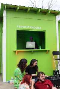 Jetta Performs at Spotify House