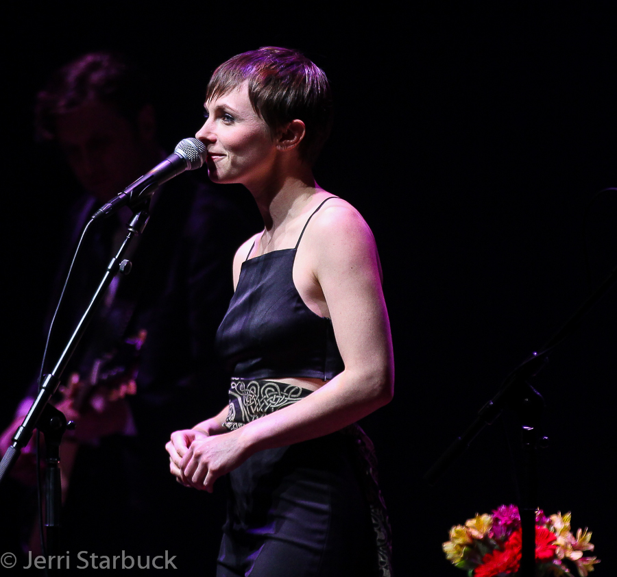 Kat Edmonson Performs at Austin CityLimits