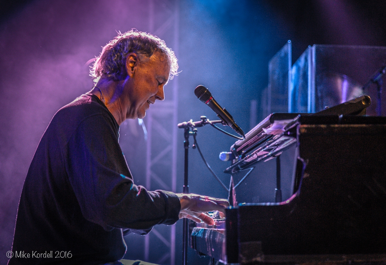 Grammy Artist Bruce Hornsby Brought Noisemakers toAustin