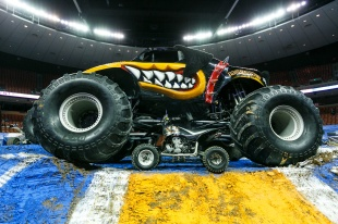 Monstertruckjam-1