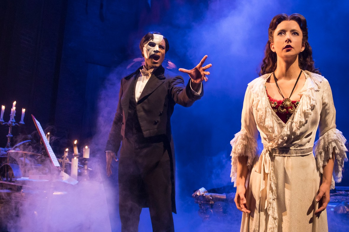 THE PHANTOM OF THE OPERA 1 - Derrick Davis and Katie Travis - photo Matthew Murphy.jpg