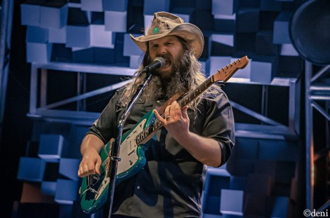 CHRIS-STAPLETON-2017-1020-087 (1)