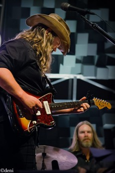 CHRIS-STAPLETON-2017-1020-274
