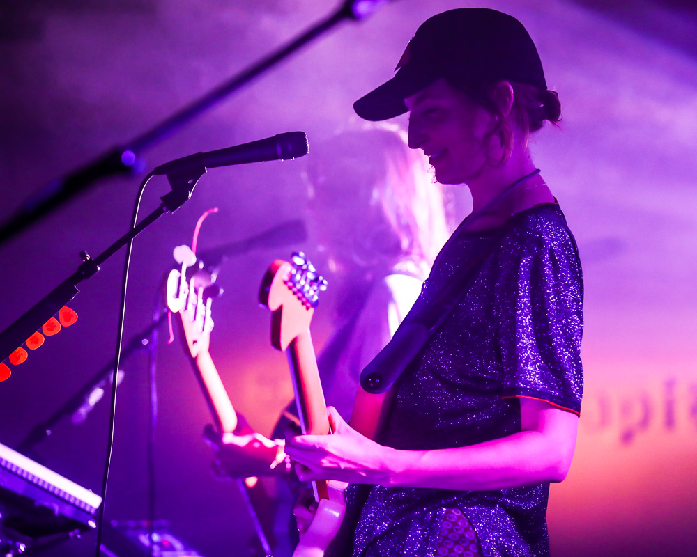 Austin 101 MagazineiHeart Country Music Festival 2018 Red