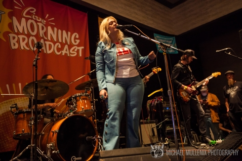 Elle King - KGSR Morning Show 2018 1