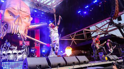 Austin101 5 Finger Death Punch12-2018