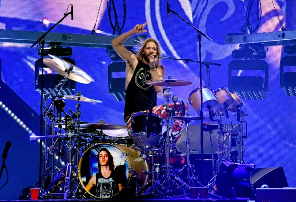 ATLANTA, GA - FEBRUARY 02: Taylor Hawkins performs onstage at DIRECTV Super Saturday Night 2019 at Atlantic Station on February 2, 2019 in Atlanta, Georgia. (Photo by Kevin Mazur/Getty Images for DIRECTV)