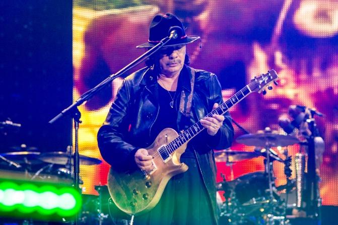 9_Santana.JPP