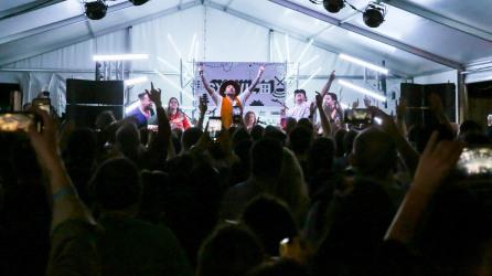 SXSW 3 13 2019 DD - Strumbrellas -9