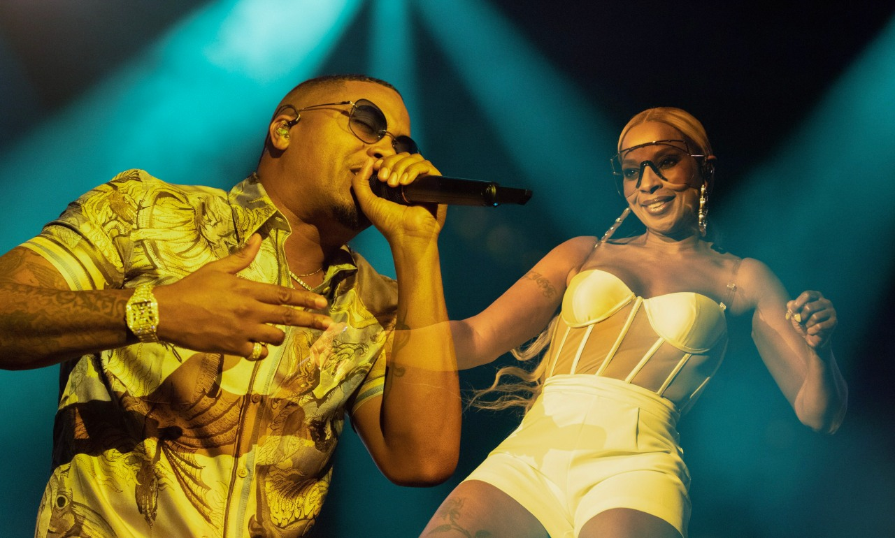 Mary J. Blige w/ Nas Crushed On Royalty Tour Stop inTexas