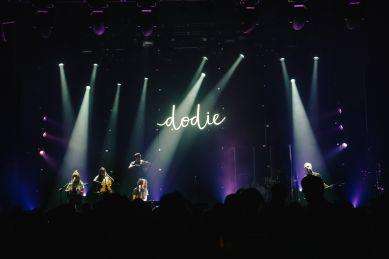 Dodie 003