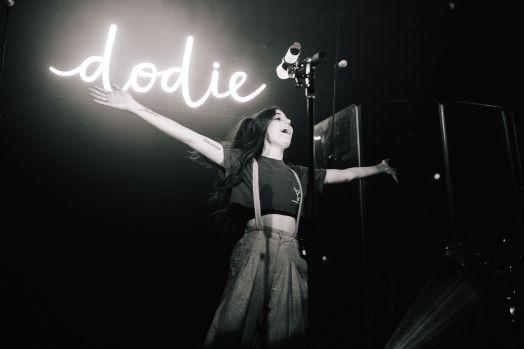 Dodie 017