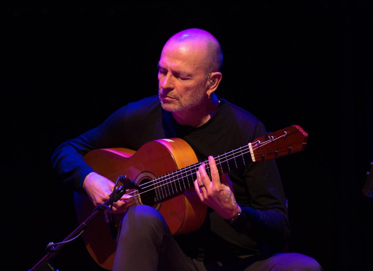 Classical Guitarist Ottmar Liebert's Beautiful Austin Show:Photos