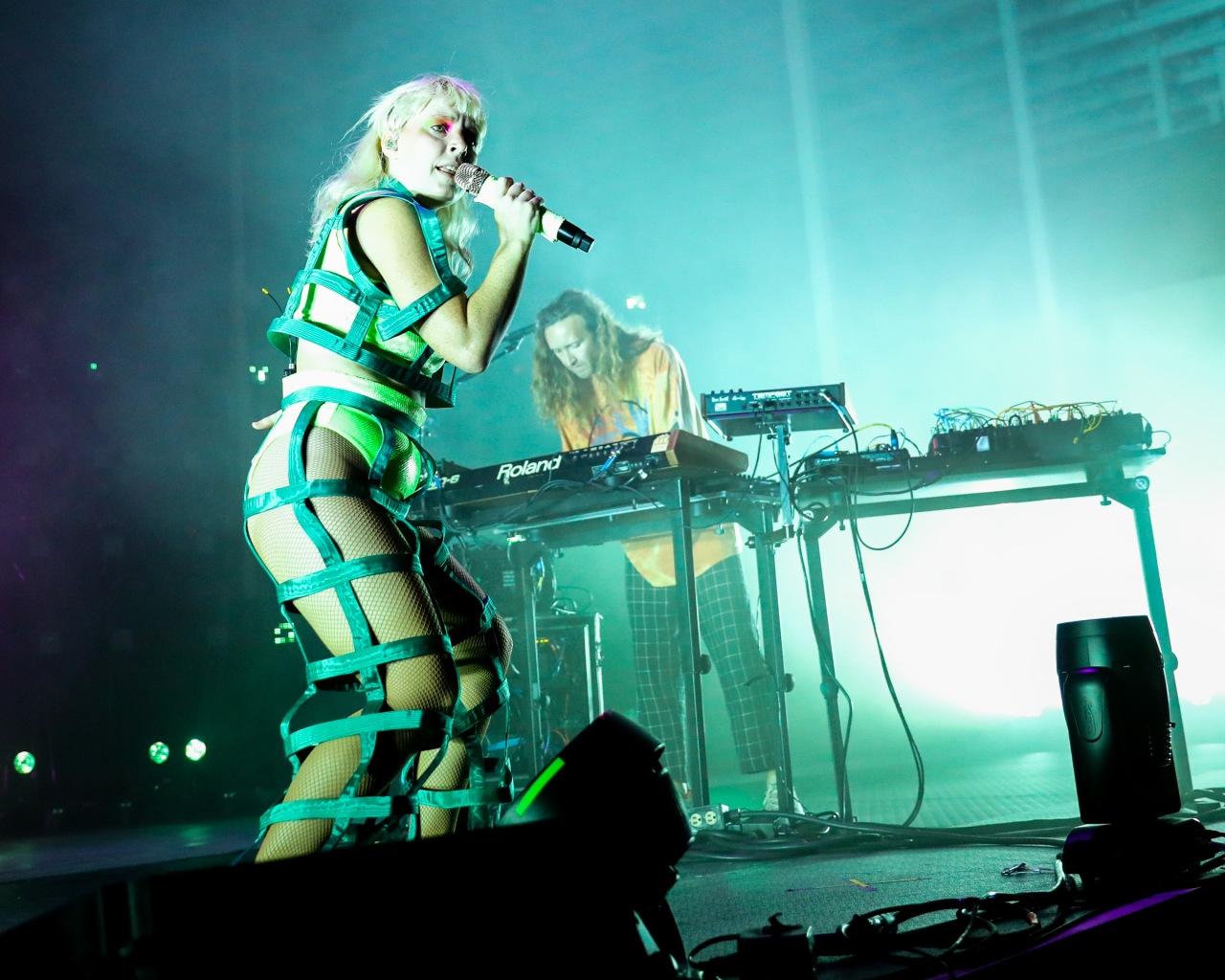 Photos: Electro Pop Duo Sylvan Esso Returned toAustin